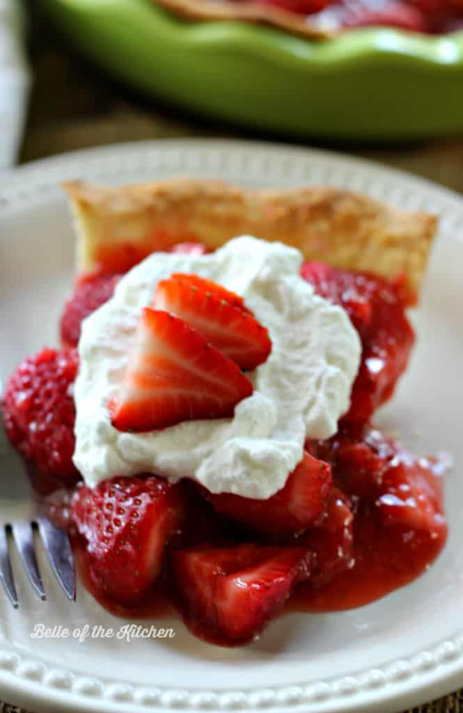 Belle of the Kitchen | Fresh Strawberry Pie