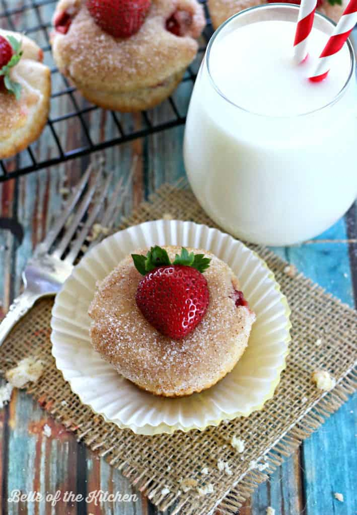 Belle of the Kitchen | Strawberry Cheesecake Muffins