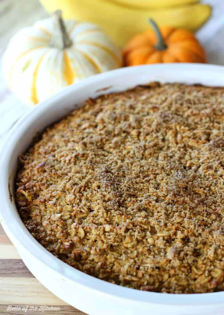 A pie plate filled with pumpkin baked oatmeal