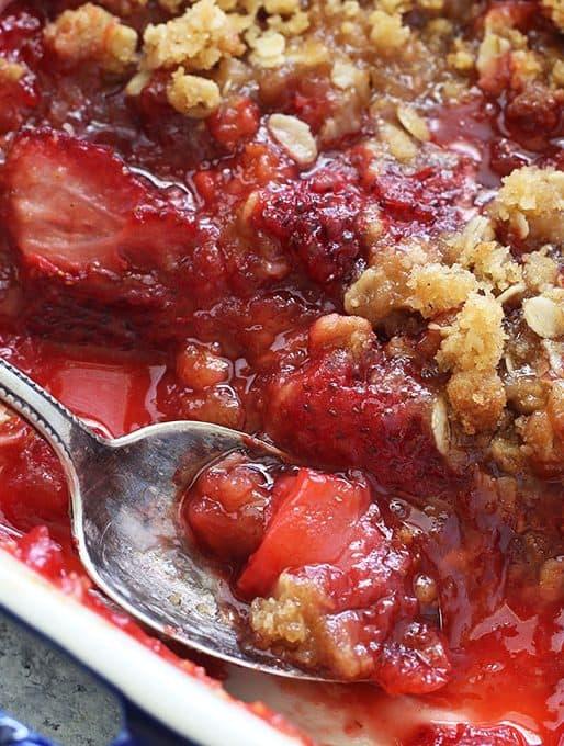 Strawberry Crisp Recipe {The BEST Summer Dessert}