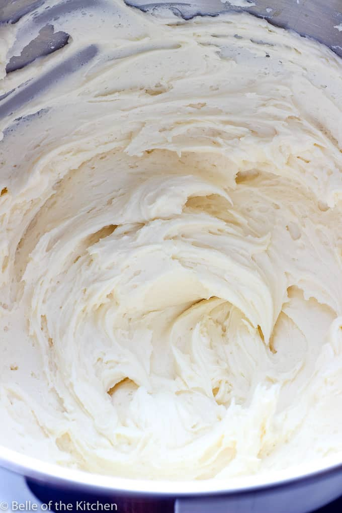a close up of vanilla frosting