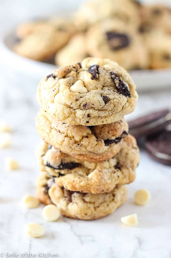 stack of Oreo chocolate chip cookies